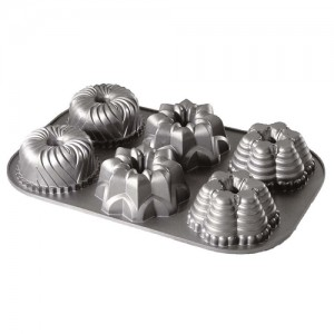 6-Cavity Mini Bundt Pan