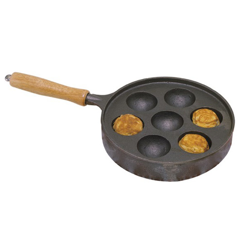 8.5IN. Cast Iron Filled Cake Pan