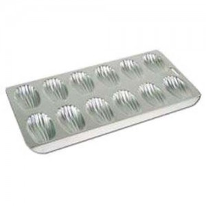 12-Cavity Madeleine Pan