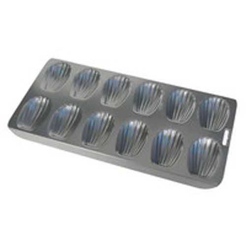12-Cavity Non-Stick Madeleine Pan