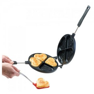 Heart Shaped Pancake Pan