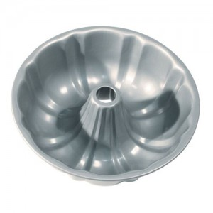 "8.5"" Fluted Bundt Pan with Center Tube"